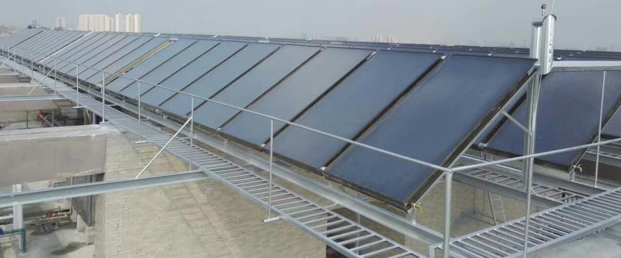 学校太阳能热水器